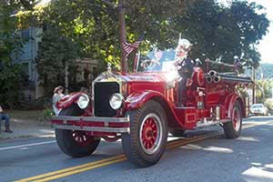 Vintage fire truck in 2013 parade